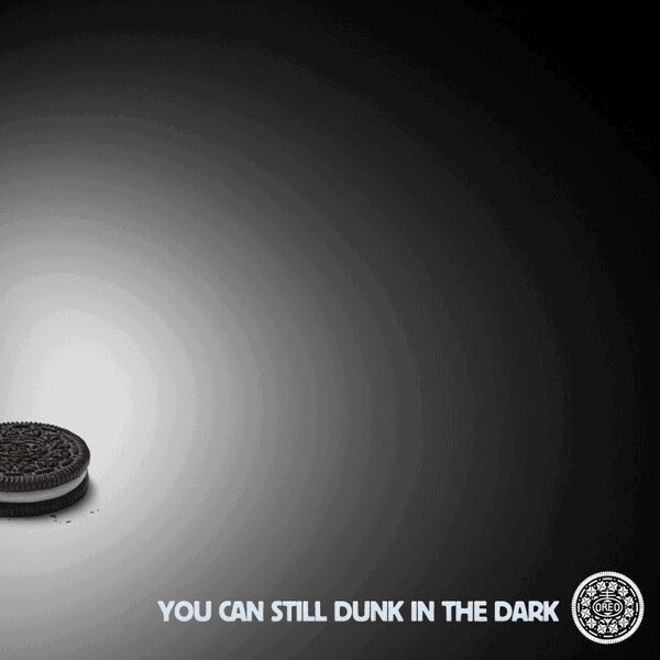Instant contextual marketing from Oreos during a Superbowl blackout